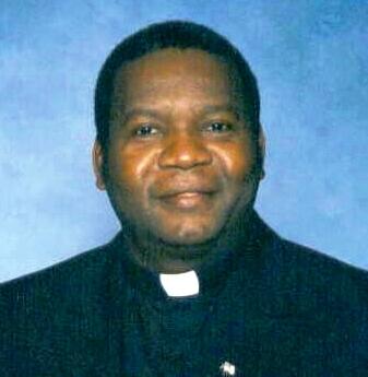 Padri Evaristy Mushi wa Kanisa Katoliki la Mtakatifu Joseph Parokia ya Beilt Ras Viswani Zanzibar