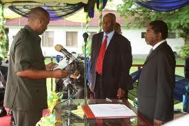 Mansour Yussuf Himid akiapishwa na rais wa Zanzibar Dr. Ali Mohammed Shein kuwa waziri asiekuwa na wizara maalum Zanzibar mwaka 2010