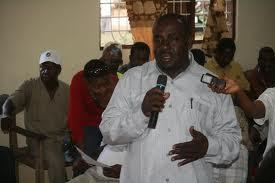Rashid Yussuf Mchenga akizungumza na wandishi wa habari akiwa katika harakati zake za kisiasa